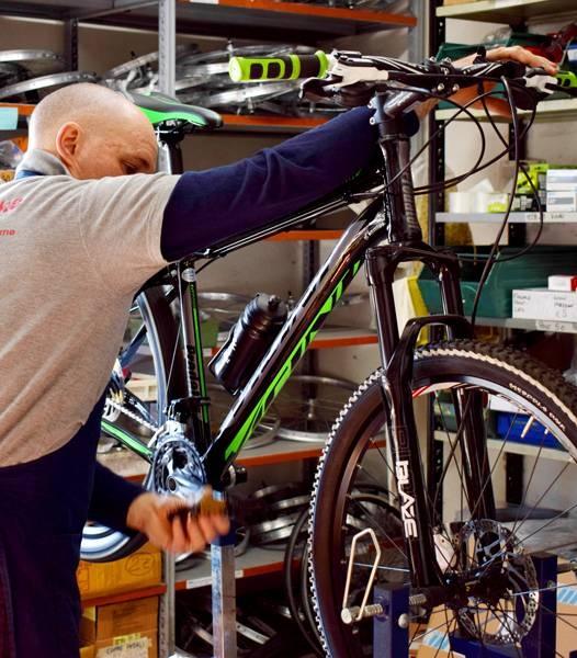 Laboratorio bicicletta con Loris Ferniani
